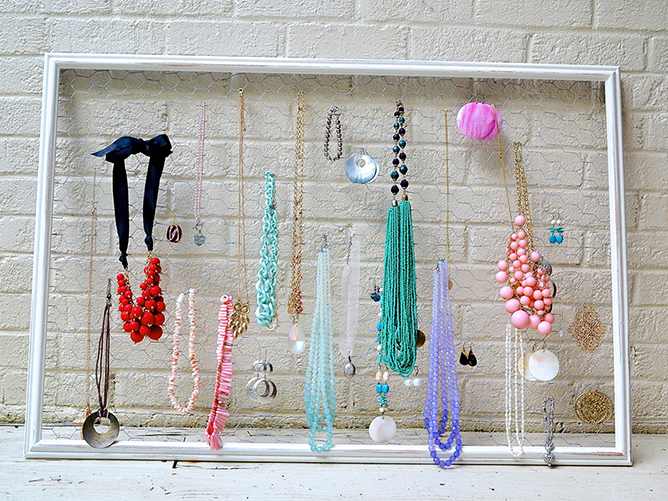 Jewels for a wall